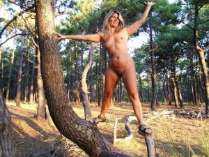 Marie-olympe high class escort in Abensberg